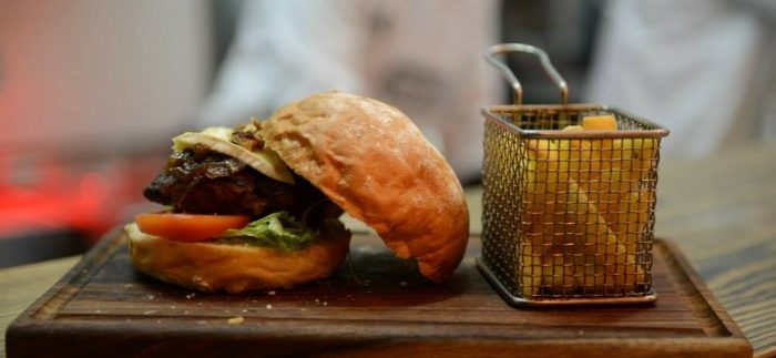 Grind: Big Burgers at Mall of Arabia