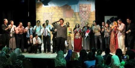 مسرحية اللي بعده في ساقية الصاوي