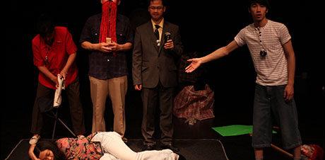 "مهرجان دي كاف: عرض ""إيدي كالدور"" في مسرح الفلكي"