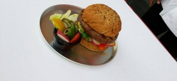 Manhattan Burger: American Diner-Sized Burgers in New Cairo