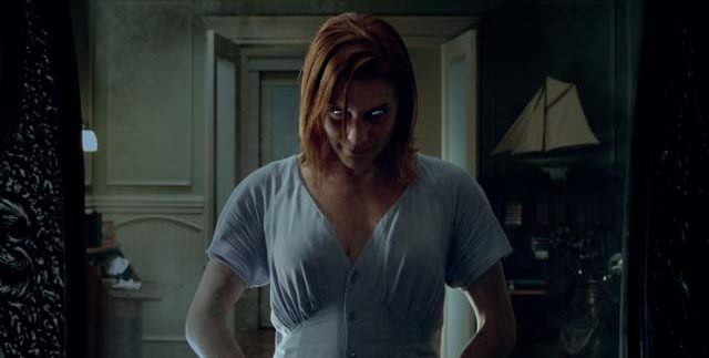 Oculus: Scary but Forgettable Horror Flick