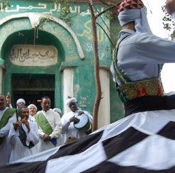فرقة دراويش أبو الغيط بمسرح الضمة للفنون الحرة