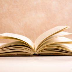"""حفل توقيع كتاب """"هامش للديمقراطية في مصر"""" بمكتبة """"أ"""" مصر الجديدة"""
