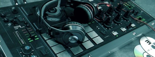 DJ Omar Khalil وDJ Hisham Zahran بكايرو جاز كلوب