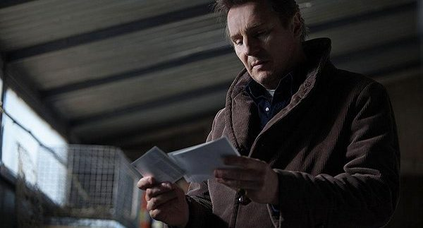 A Walk Among the Tombstones: فيلم غموض تقليدي
