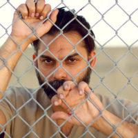 Camp X-Ray: السجن والسجان... والمسجون