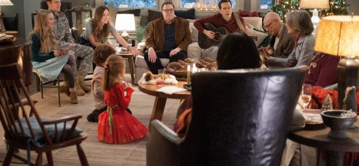 Love The Coopers : Another Sappy Holiday Flunk