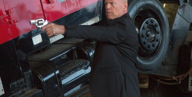 Precious Cargo: Bruce Willis Racks Up Another Passionless Performance in Cliched Thriller