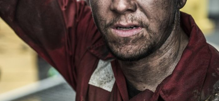 Deepwater Horizon: Engaging Retelling of One of History's Worst Environmental Disasters