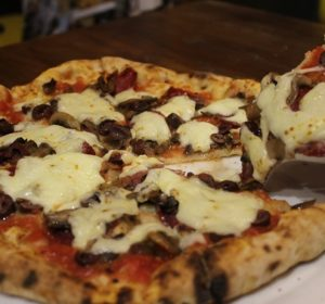 900 Degrees: Authentic Neapolitan Pizza in New Cairo