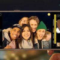 Oppo F3: Forget Selfies, 'Groupfies' are the New Thing