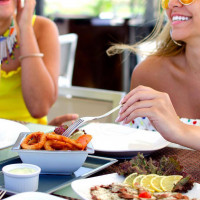 Carlo's Beach Bar: Breakfast and Brunch by the Beach Done Right