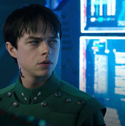 Valerian and the City of a Thousand Planets: All Bark No Bite for Adaptation of French Sci-Fi Comic-Book