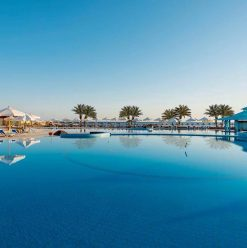 5 Reasons to Stay at Concorde Moreen Beach Resort & Spa on Your Next Trip to Marsa Alam