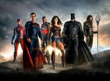 عرض Justice League في ييلو أمبريلا