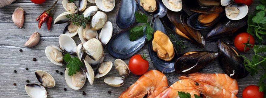 أسماك: أكلة سمك معتبرة في مول مزار الشيخ زايد
