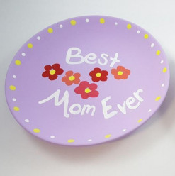 ابعد عن طقم الكوبايات الملعون: 9 هدايا مناسبة لعيد الأم
