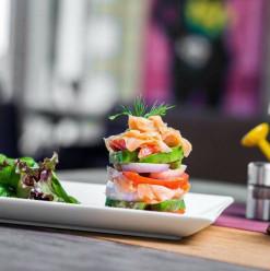 Avitchii: Excellent Service at Sheikh Zayed Restaurant