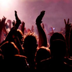 Cairo Weekend Guide: DJ Feedo, Hageen, Do'souka & More...