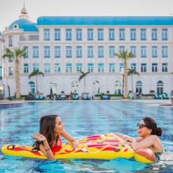 Royal Maxim Palace Kempinski Is Offering You a Mini-Getaway