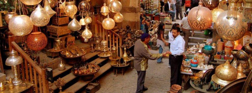 منها الغورية وشارع عبد العزيز وخان الخليلي.. نقل أشهر شوارع القاهرة التجارية لمنطقة جديدة