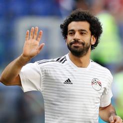 بأعلى أجر في تاريخ النادي... محمد صلاح وقع عقد جديد مع ليفربول