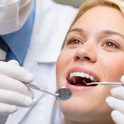 تعمل إيه علشان تحافظ على أسنانك نظيفة وصحية؟ (حوار خاص مع طبيب أسنان)