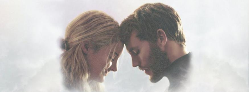 فيلم Adrift: رومانسية وسط الأمواج والأعاصير