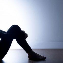 6 نصائح مهمة علشان تتجنب الاكتئاب.. والانتحار