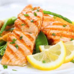 مفيد للقلب وبيحارب الاكتئاب... اعرفوا فوائد أكل السمك السحرية
