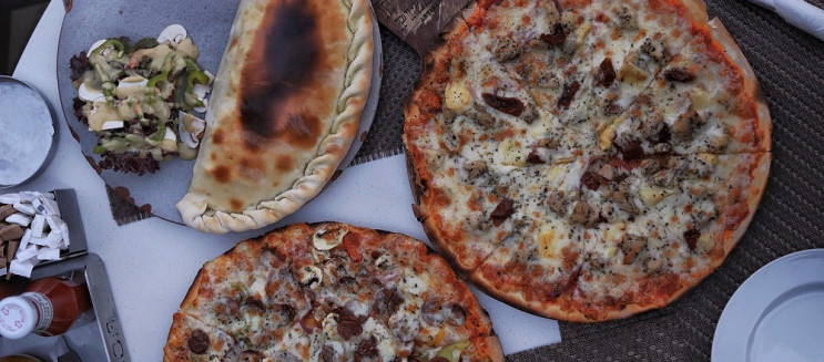 Il Divino Pizzeria: Mixed Feelings at Westown Hub Branch