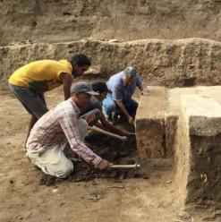 بالصور... اكتشاف مقصورة الملك رمسيس الثاني في حي المطرية