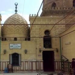 مسجد وضريح سيدي عمر بن الفارض... كايرو 360 في حضرة
