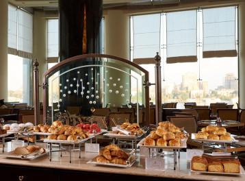 Breakfast Overlooking the Nile @ Fontana