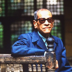 Naguib Mahfouz Café: A Relic of the Past Standing Tall