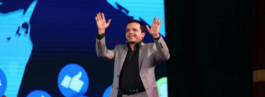 Mohamed Henedy Set to Bring Back Comedy to Egyptian Theatre