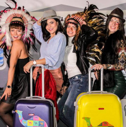 London Photobooth: Commemorate All Your Fun Moments & Elevate Your Party Game