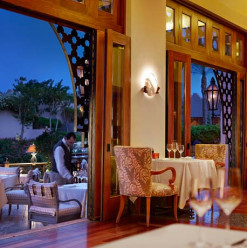 Trattoria Nights at Four Seasons Resort Sharm El Sheikh's Il Frantoio and Violoniste