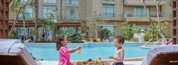 Easter Lunch at Four Seasons Nile Plaza's Pool Grill
