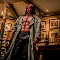 Hellboy: Crossing the Line