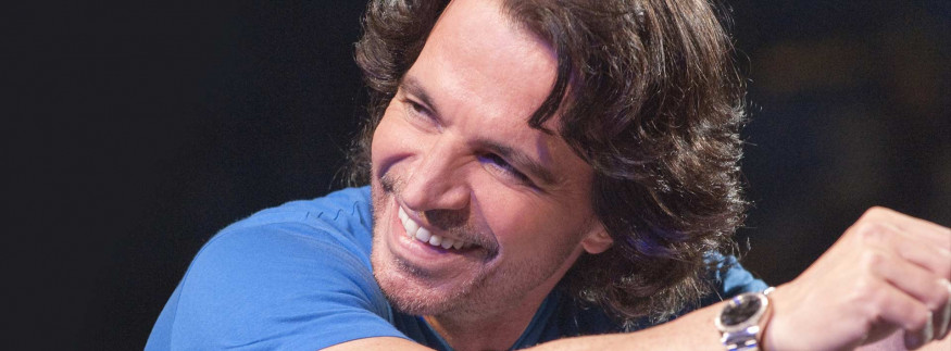 Yanni to Perform This Month for the Second Time in Egypt