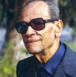 Take a Sneak Peek at Upcoming Caricature Exhibition for Naguib Mahfouz ‎