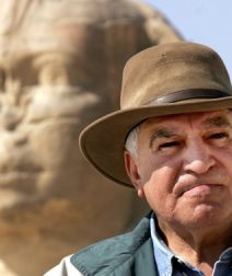 Dr. Zahi Hawass Takes over Times Square