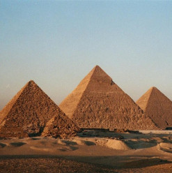 Pitch by the Pyramids: RiseUp's First Multistage Pitch Competition for Early-Stage Startups in the Middle East