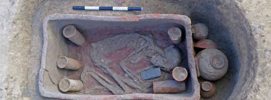 Egyptian Archaeological Mission Discovers 83 Tombs in Dakahlia