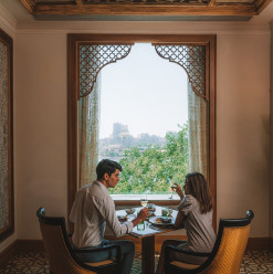 Four Seasons Hotel Cairo at Nile Plaza: Valentine's Day at Zitouni (Second Seating)